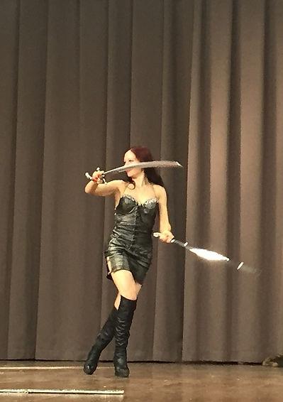 Хеста.Танцы с оружием (13).jpg