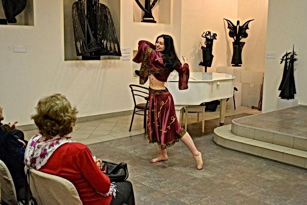 Хеста. Экзотические танцы (10).JPG