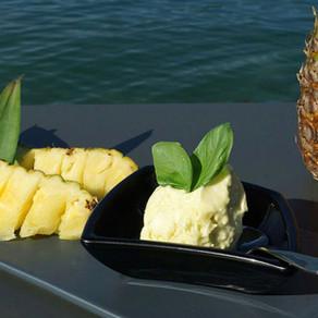Ananas-Basilikum Glace