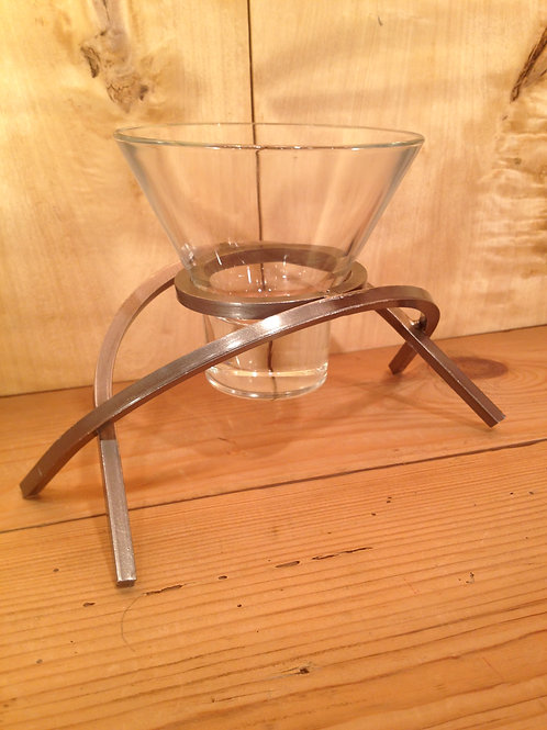 Crossed Arch Candleholder w/1 Glass Cup