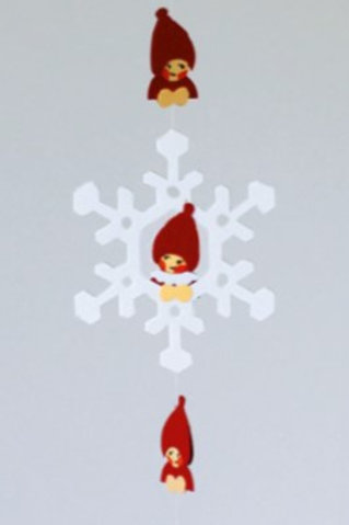 Snowflakes w/Nisse String Mobile