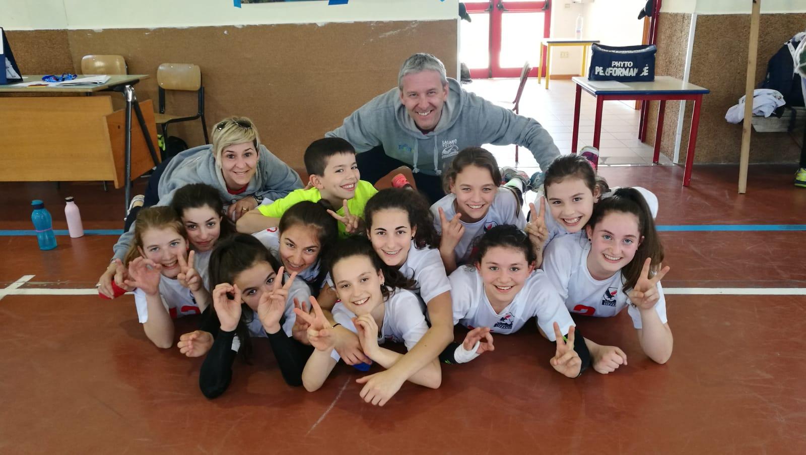 Ester Volley 1