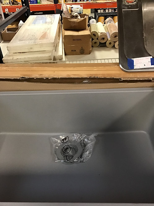 M216 NEW Farmhouse Sink with Grid