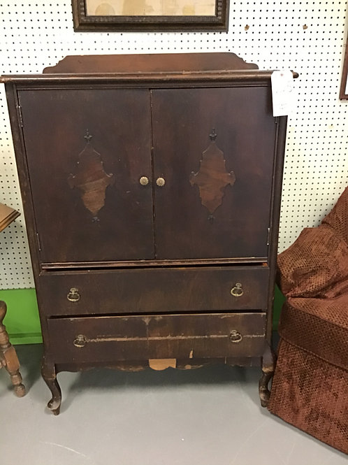 M22 Antique Dresser
