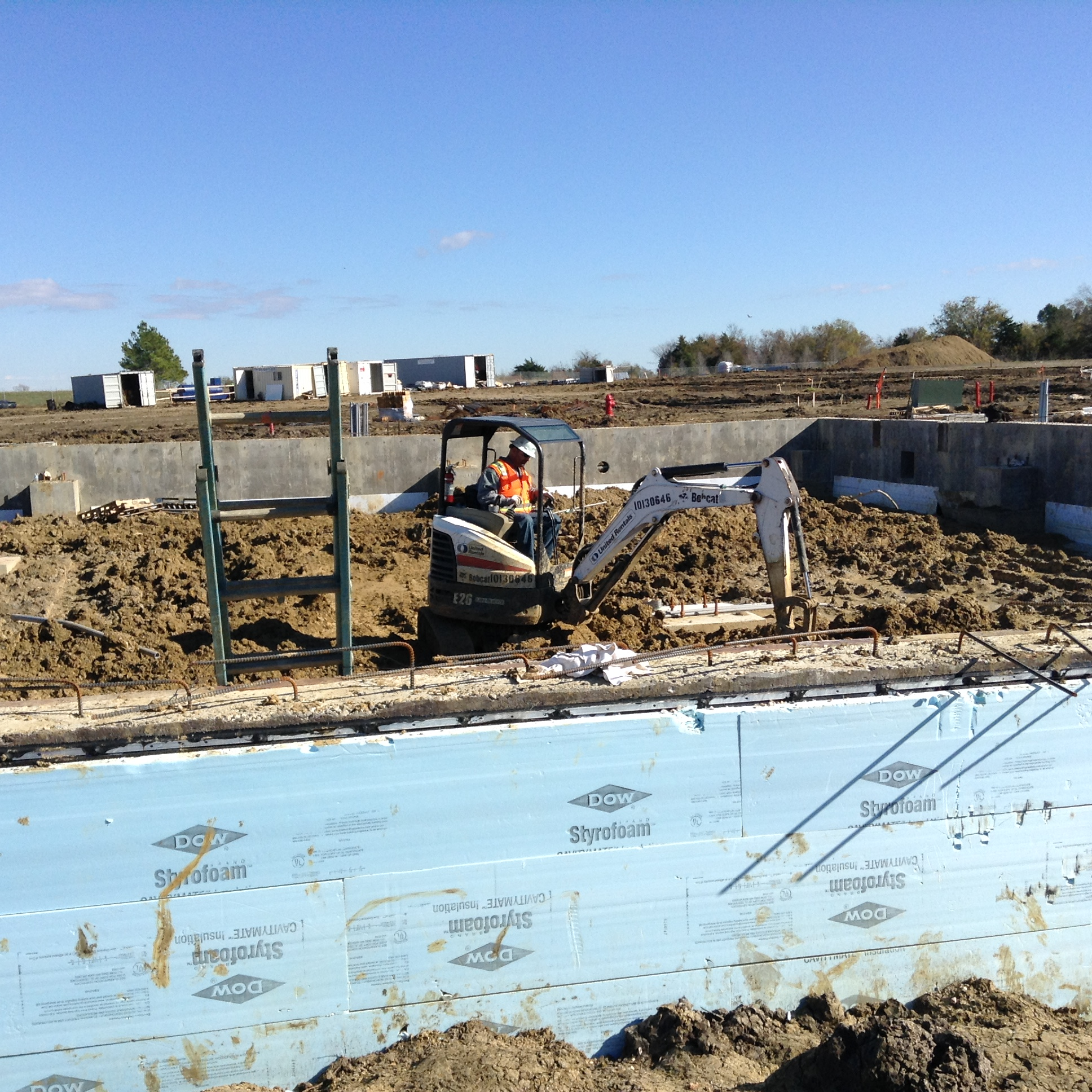 11.24.15 MOB4 Electrical Underground Backfill