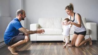 5 הפעילויות יומיומיות שיעזרו לילד ללכת עצמאית