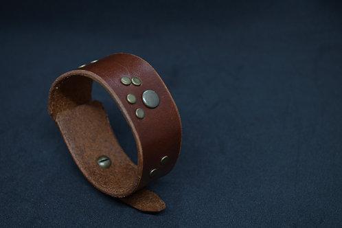 Bracelet Manchette cuir rivets