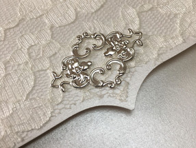 Lace Pocket with Brooch