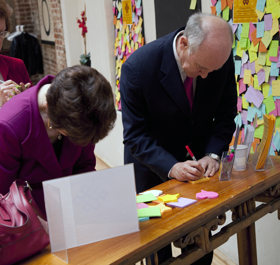 Mayor Suttle at Omaha Vision board