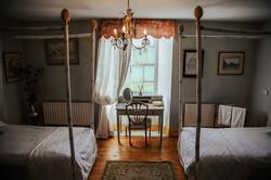Main house - Shared Twin Room 3