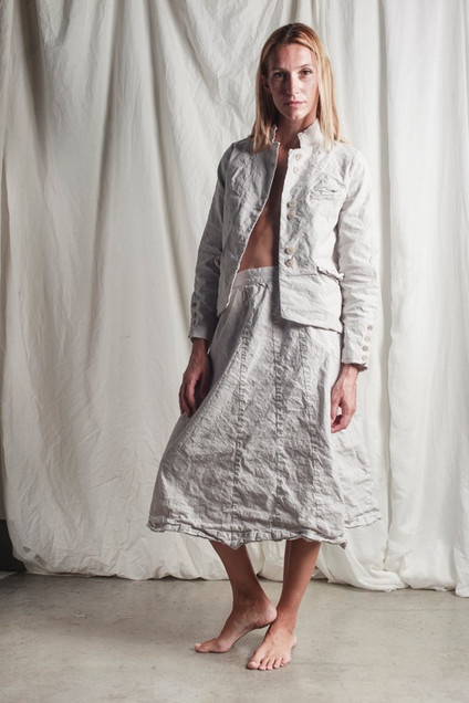 PE9101 - jacket  PE9102 - skirt