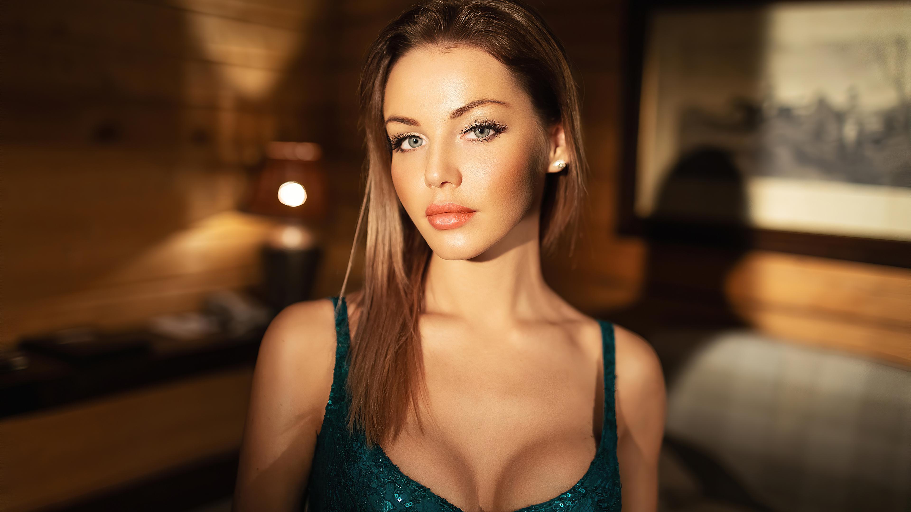 girl-face-depth-looking-at-viewer-4k-el-