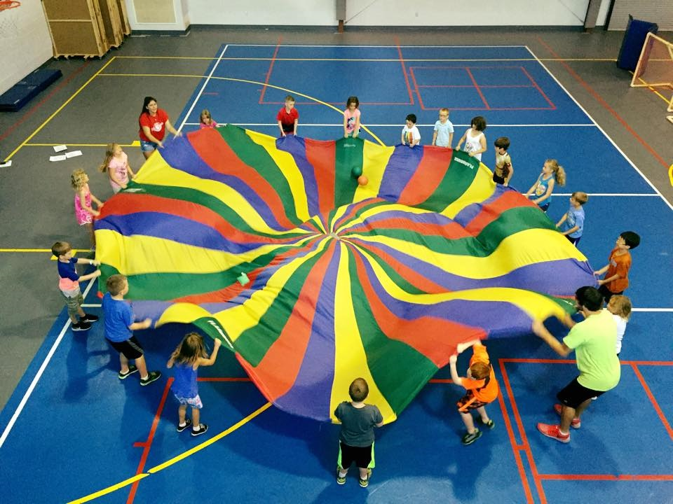 Parachute picture
