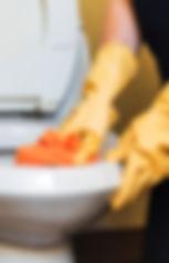 bathroom-chambermaid-clean-1332192.jpg