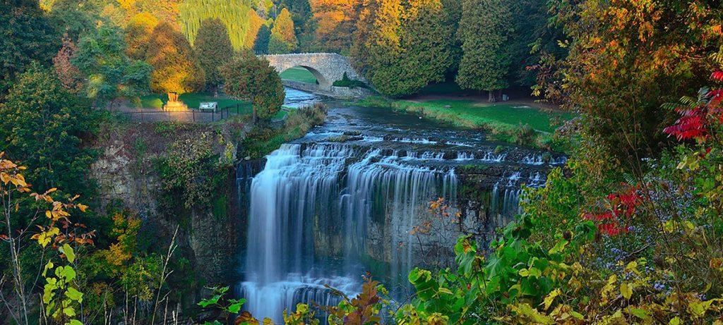 Hamilton Waterfalls מאת סיגל