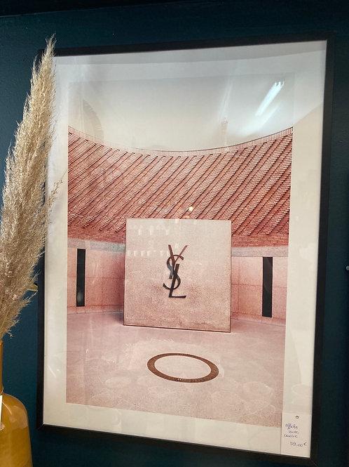 Affiche avec cadre noir Yves st Laurent
