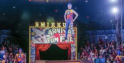 Smirkus_Mease_19-1901_edited_edited.jpg