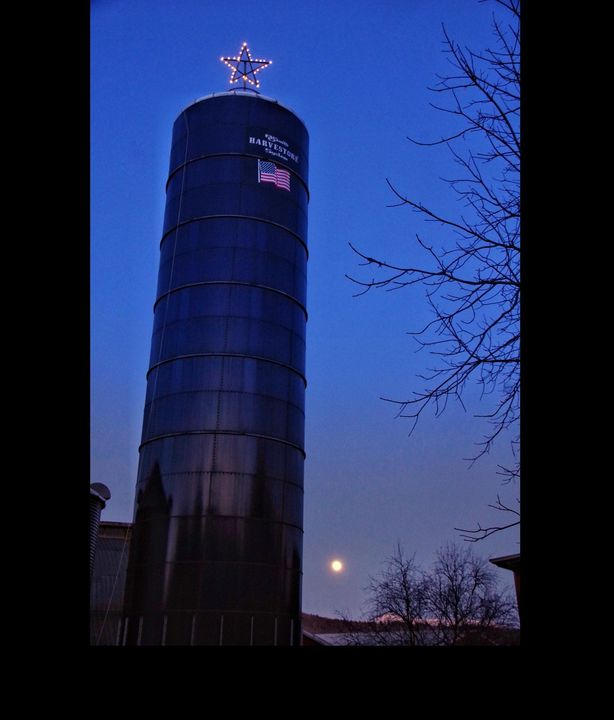 A Cold Moon to End 2020