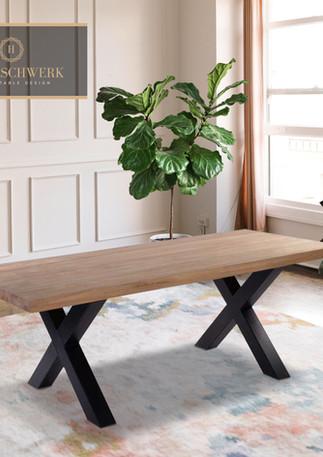 Holztischwerk Tisch