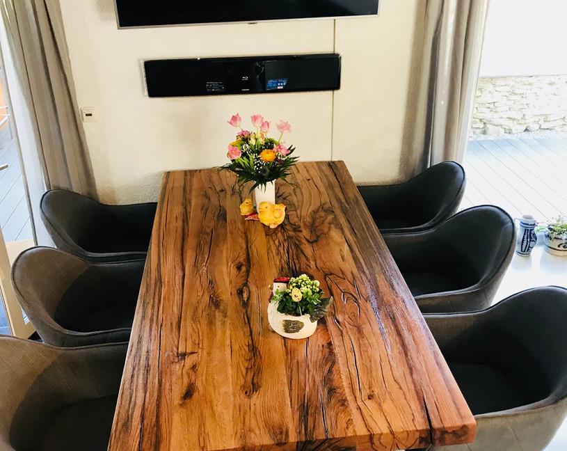 Altholztisch aus Eiche von Holztischwerk
