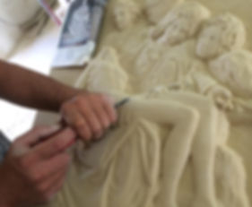 Pietà_in_pietra_leccese.jpg
