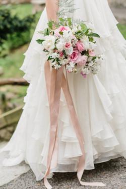 HNP-Modern-Fairytale-Spring-Wedding-Styled-Shoot_085