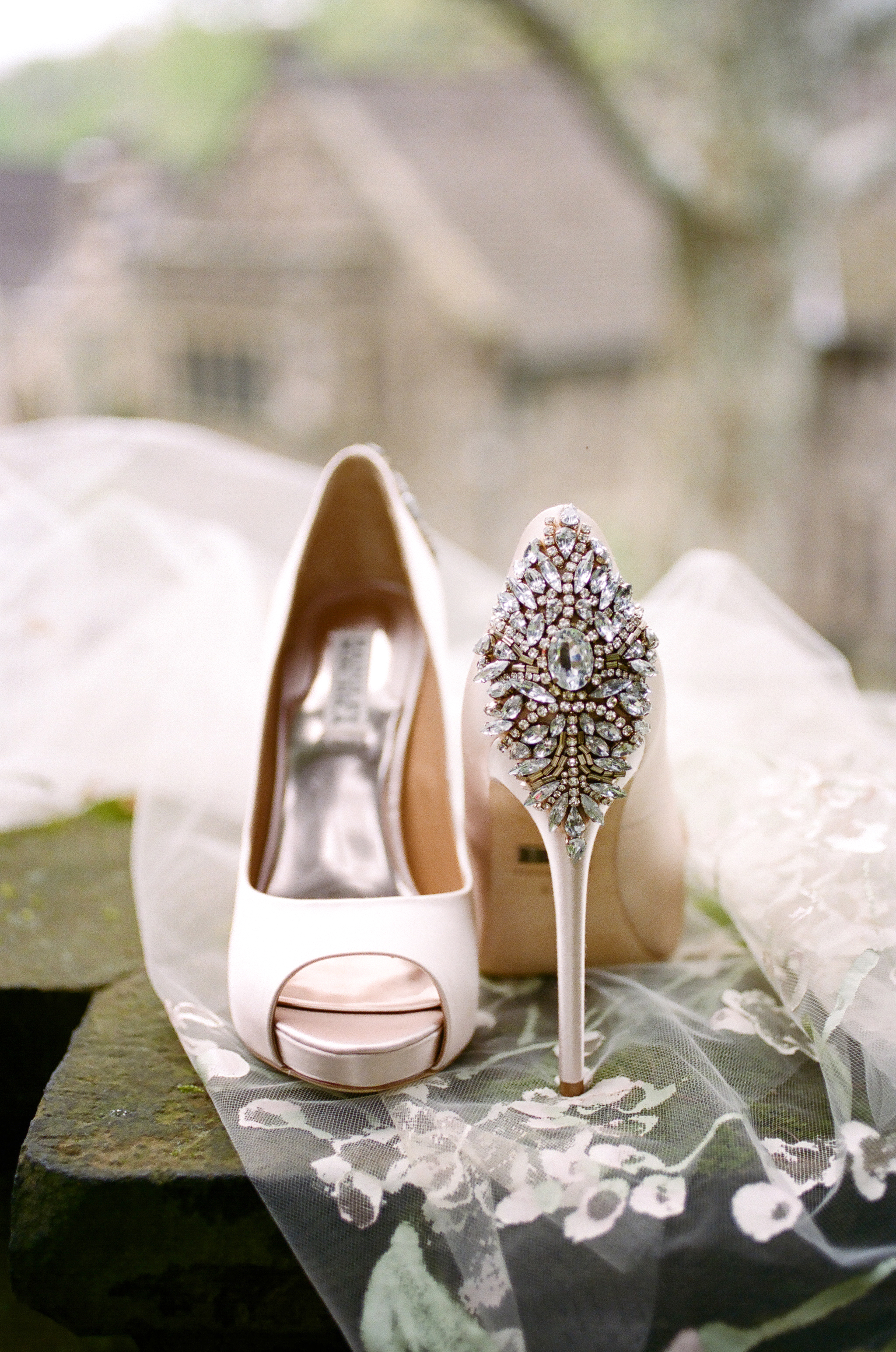 HNP-Modern-Fairytale-Spring-Wedding-Styled-Shoot_013