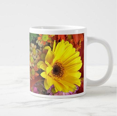 Suzy 2.0 Painted Shades of Happiness Daisy Mug Right