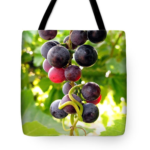 red grape tote bag by Suzy 2.0