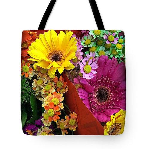 Multi-colored daisy tote by Suzy 2.0