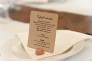 kártya egyik oldalán: menü