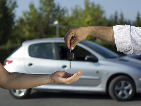 Carros usados: veja os 6 golpes mais comuns na negociação de um veículo