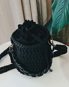 Bucket bag exclusiva em parceria com _fl