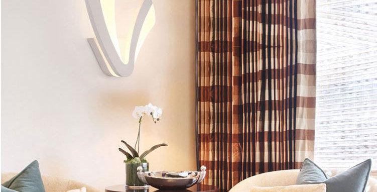 LED Acrylic Leaf Design Wall Light