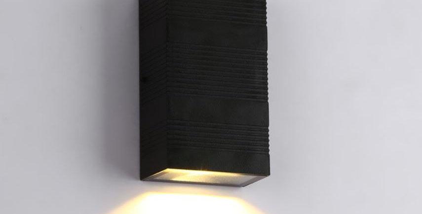 LED IP65 Outdoor Cuboid Wall Light