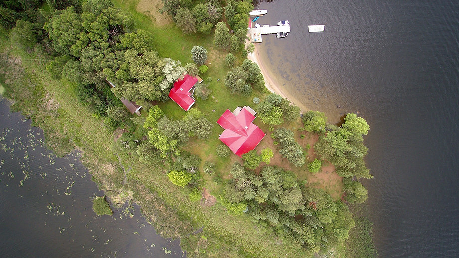 Aerial 360 photo of a cottage