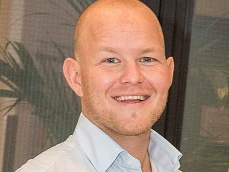 Meet Dr. Jonas Kuiper: A Leading Birdshot Research Scientist