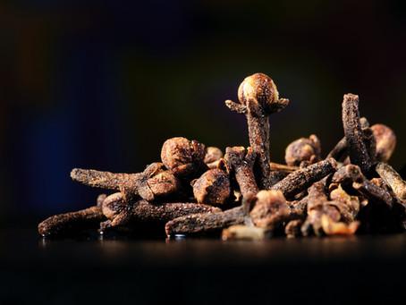 Эфирное масло гвоздики (Eugenia caryophyllata)