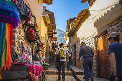 Bolleras viajeras - viaje en grupo a Perú. Turismo para mujeres lesbianas, bisexuales, transexuales, LGTBIQA+ y mujeres lesbian friendly. Viaja en grupo y conoce a más mujeres viajeras. Cusco, Cuzco, Perú