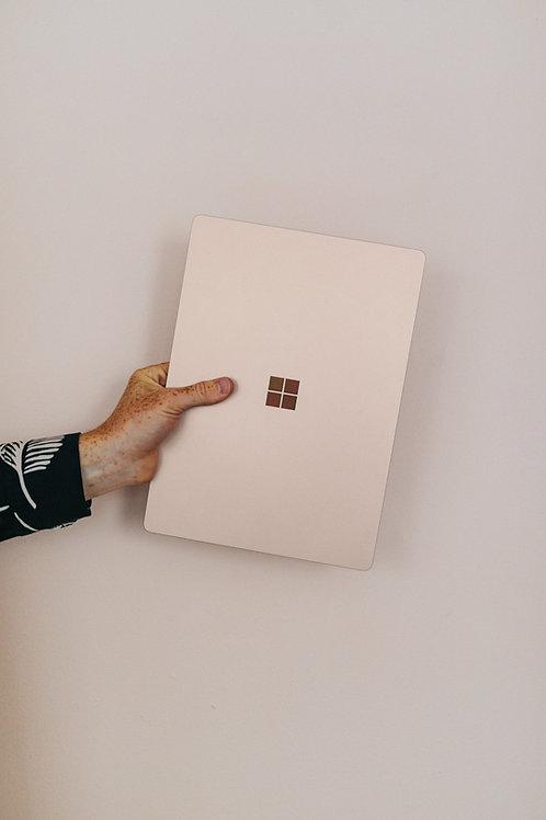 Microsoft® Windows 10