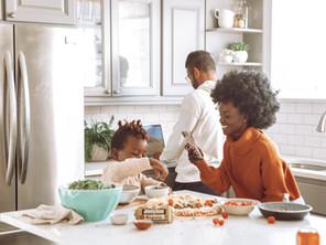 So hilfst du deinem Kind, eine gesunde Beziehung zum Essen zu entwickeln