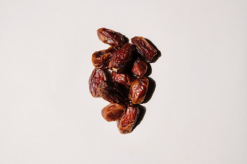 Pitted Dates (per 100g)