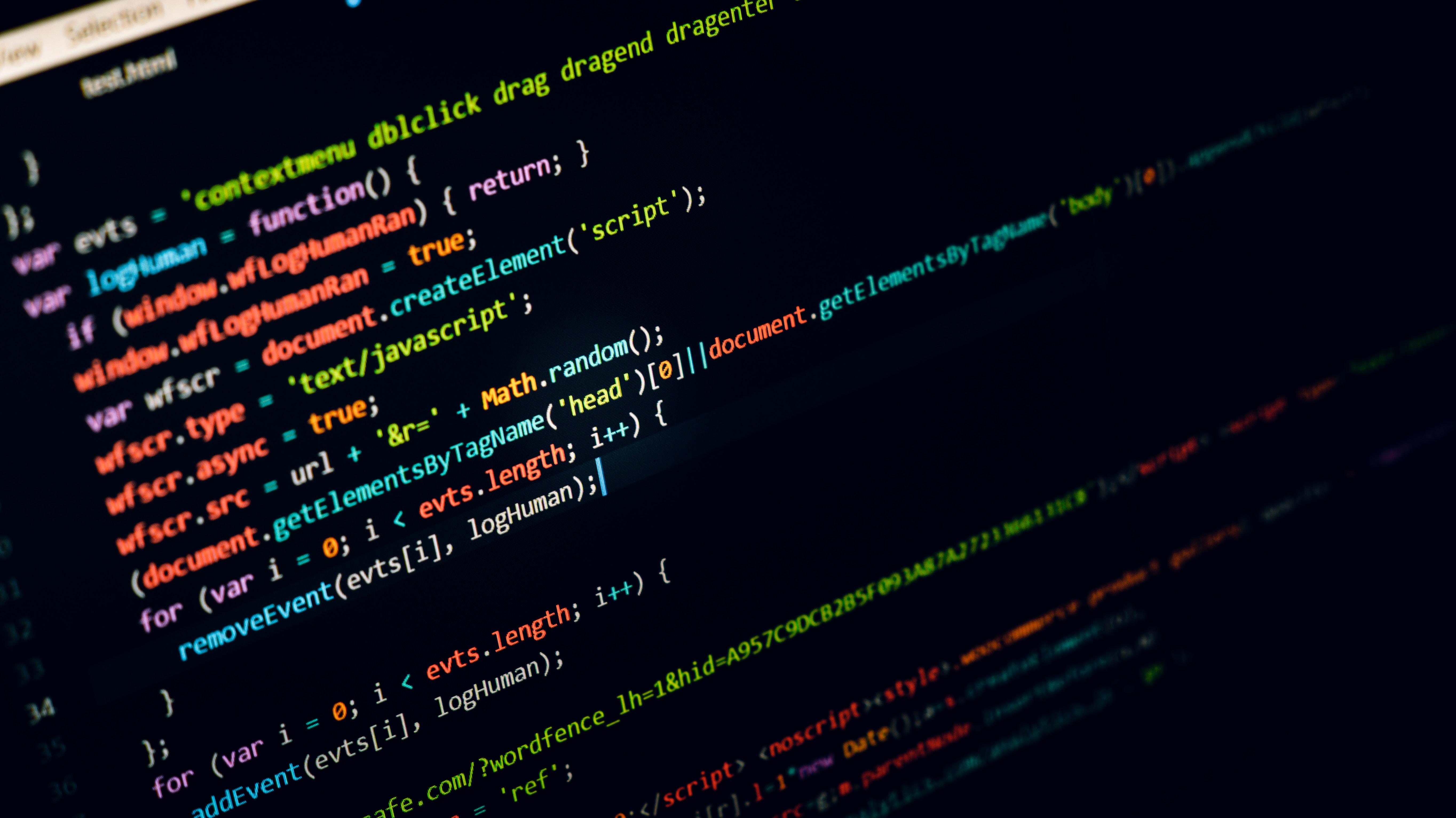 6 Крупнейшая российская IT-компания, разрабатывающая продукты в области кибербезопасности