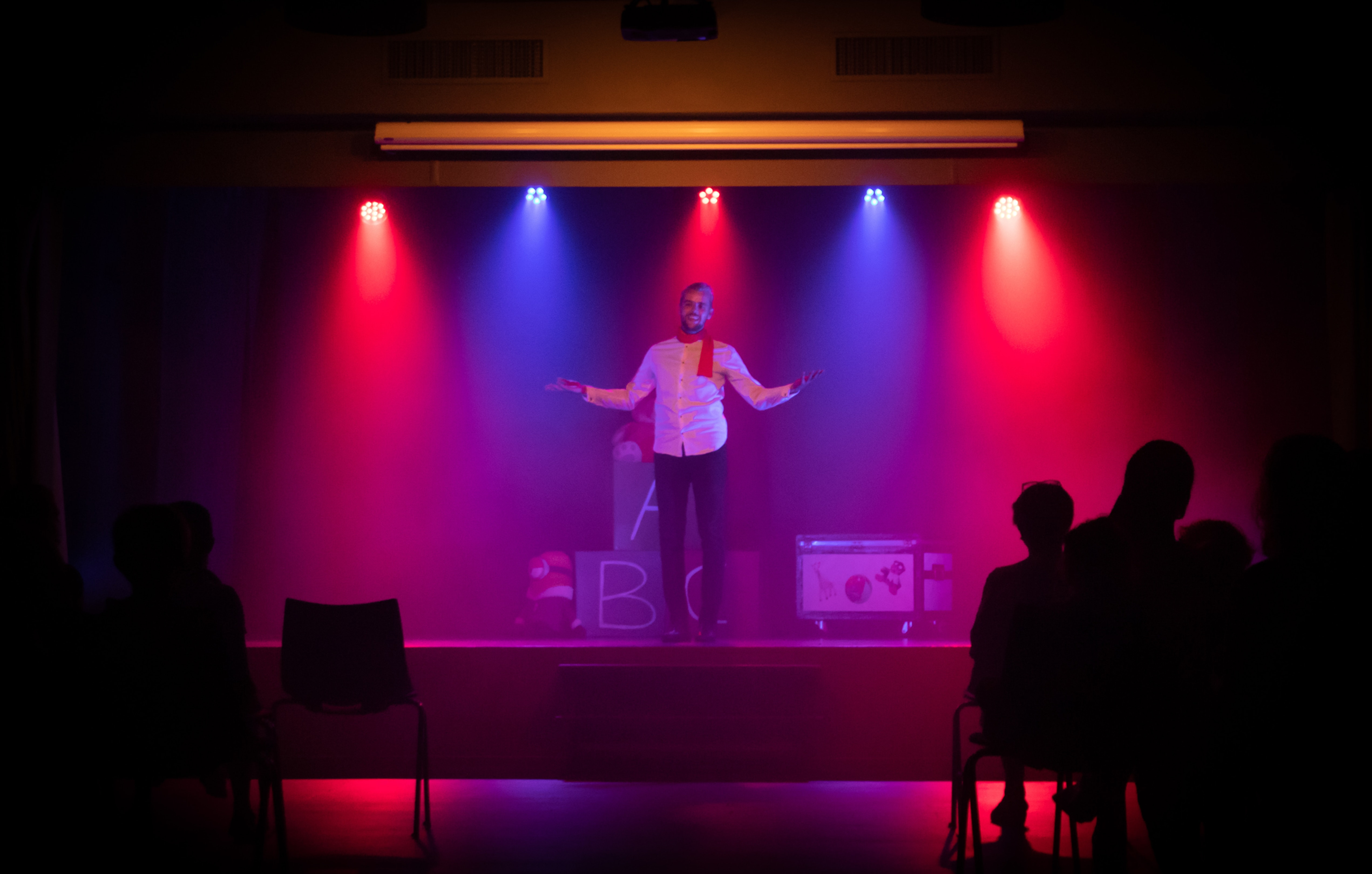 Театр и комедия в культуре Идиш