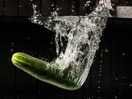 Keeping your Body Cool (Water-Rich Foods): CUCUMBER