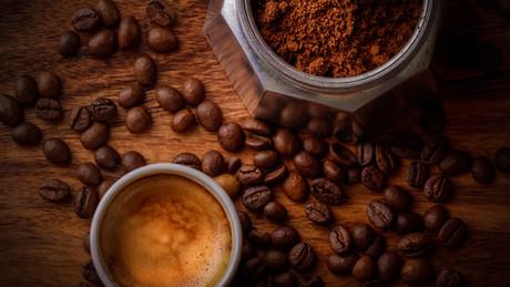 Caffeine - The Apeiron Life Perspective