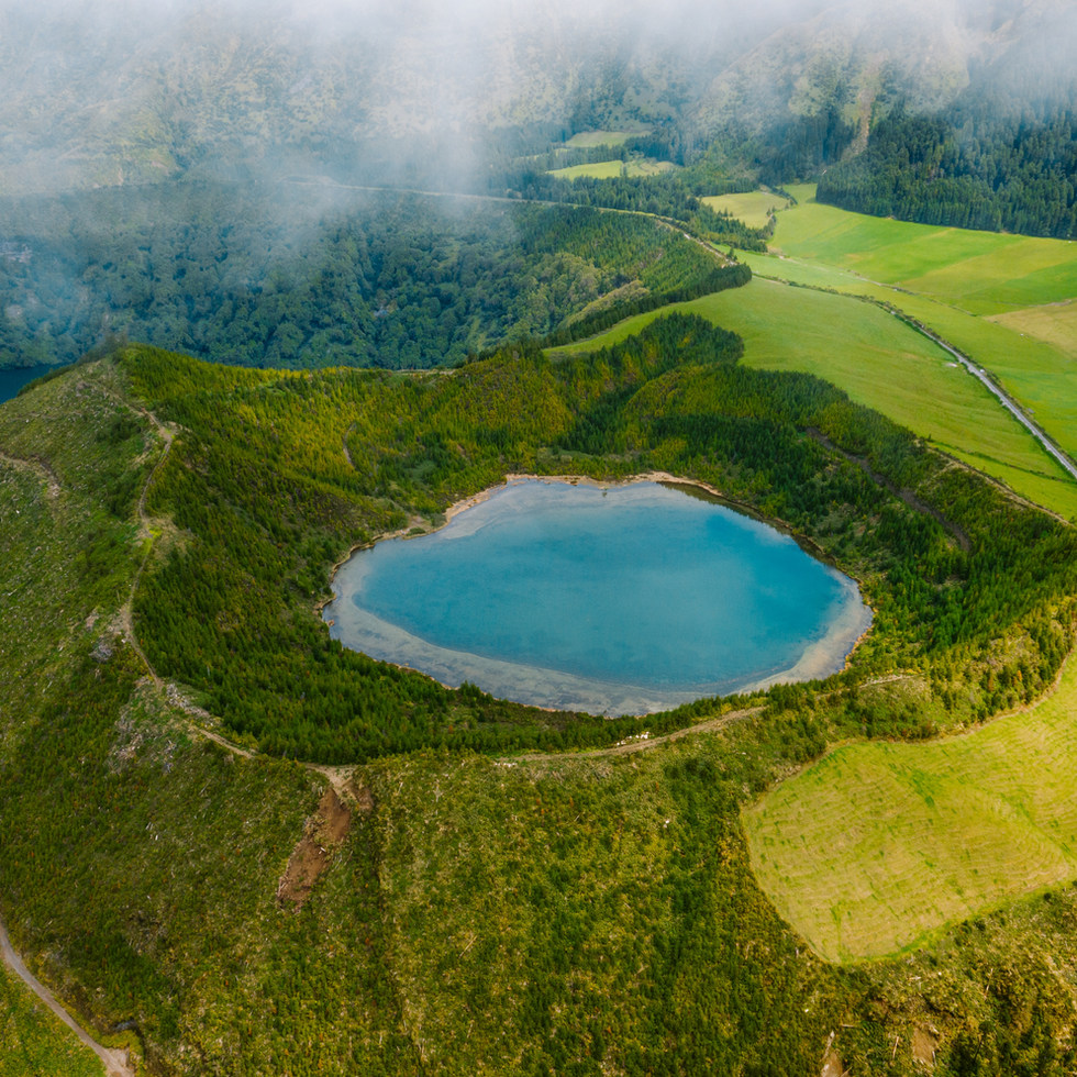 Illes Açores, balenes i volcans