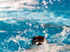 """Zwembad De Blinkerd in Ten Boer kijkt tevreden terug op seizoen: """"Het was acceptabel"""""""