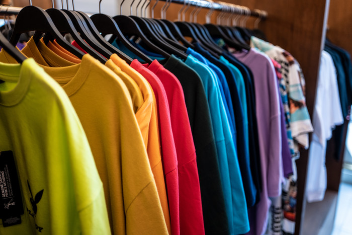 The Psychology of Color in Fashion Choice