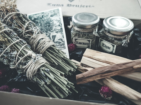A Simple Step-by-Step Guide to Making Smudge Sticks at Home